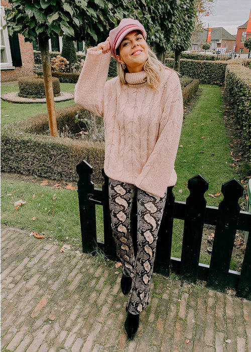 Native Youth - Kate Cable Knit