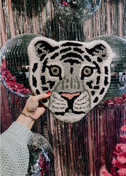 Doing Goods - Snowy Tiger Head Rug