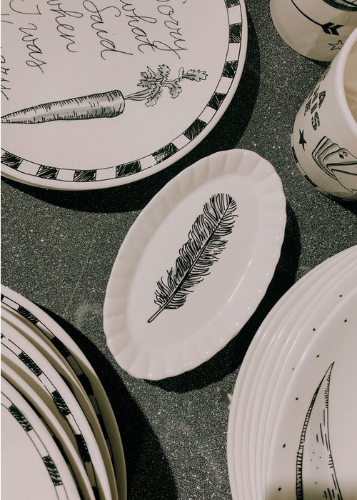Blond Amsterdam Blond x Noir - Oval Feather Plate