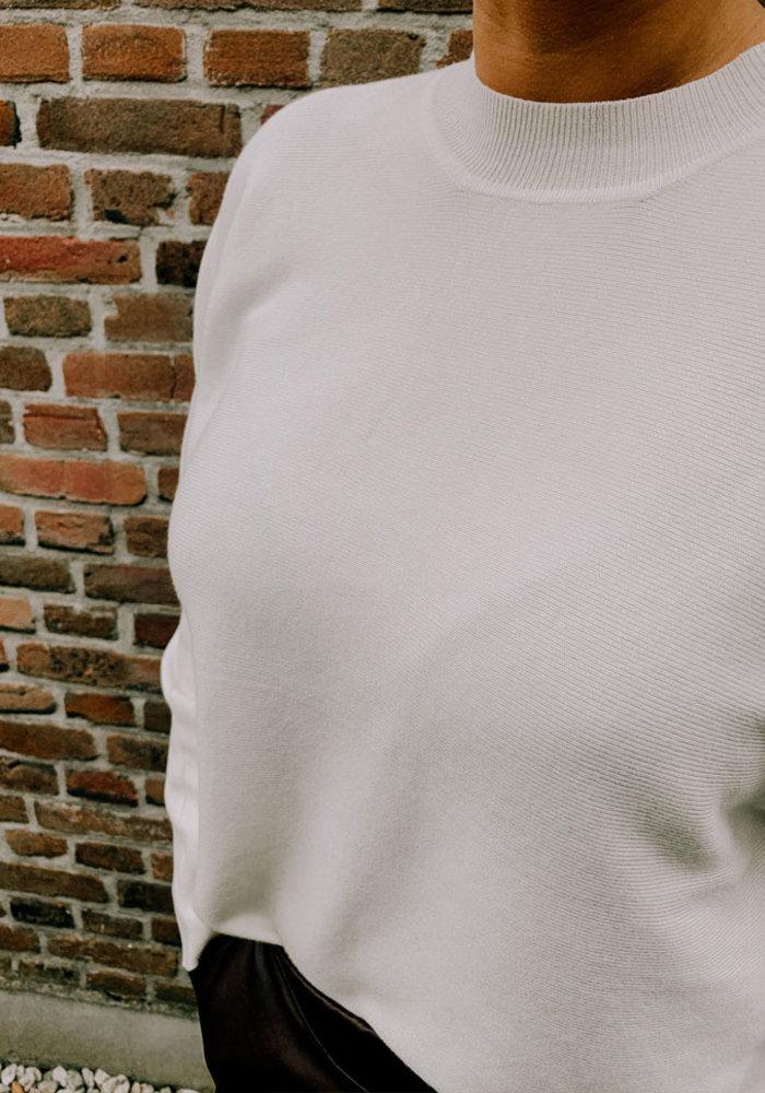 Nuni Knit - White & Black