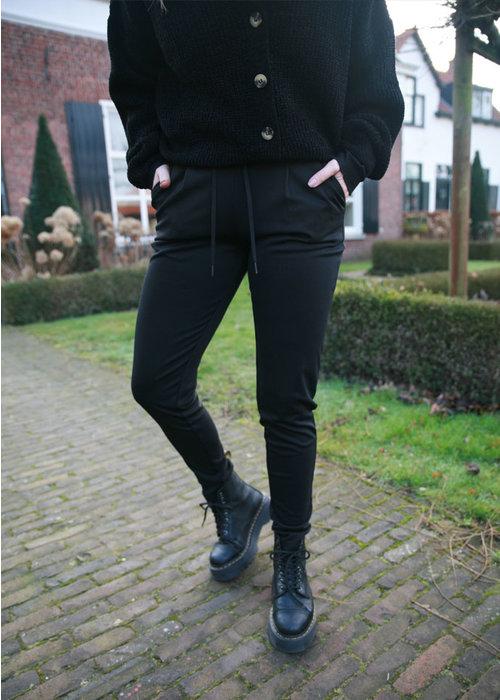 Kate Black - Pants