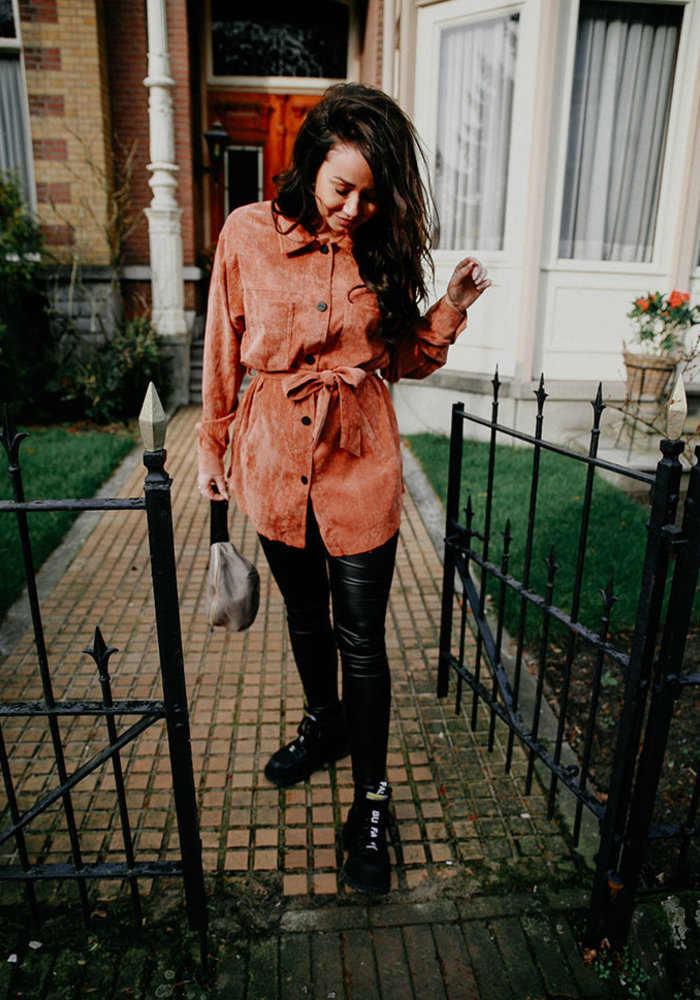 Kim - Suede Coat Brown