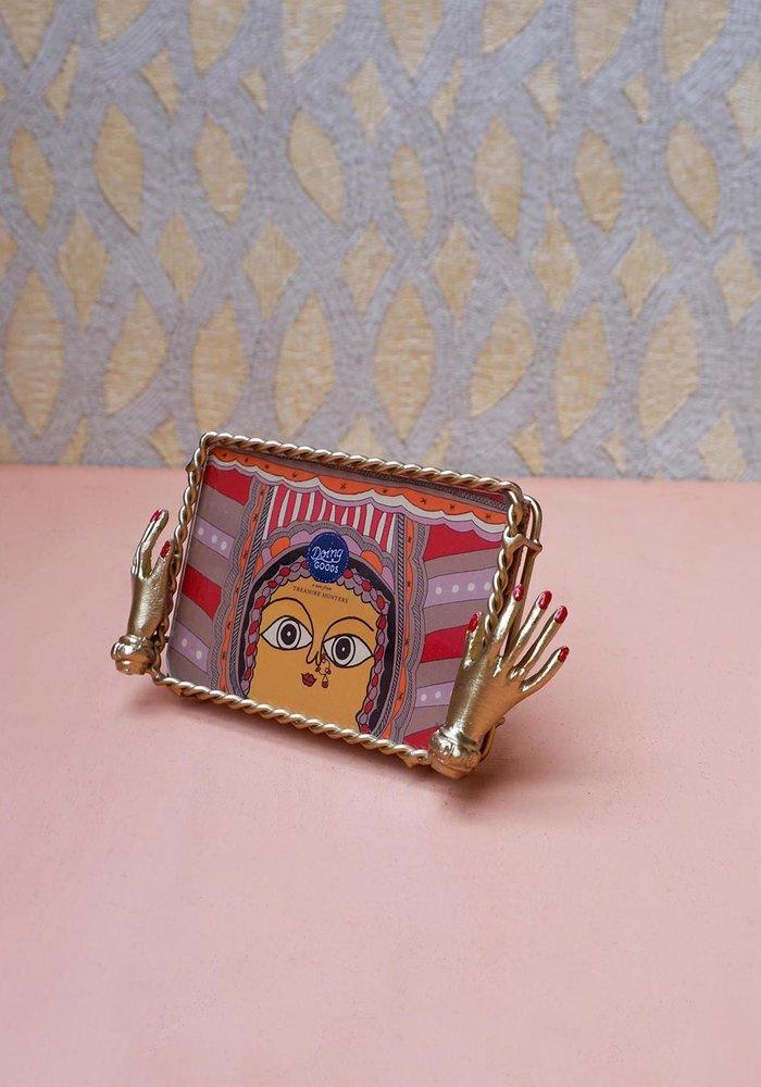 Doing Goods - Jana Hand Frame Small Gold Matt