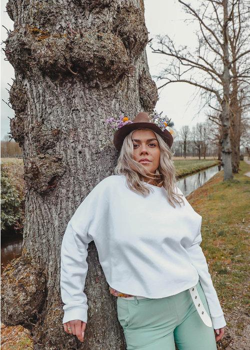 Raw Edge White - Sweater