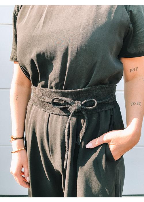 Elvy's - Plain Belt Black Suede