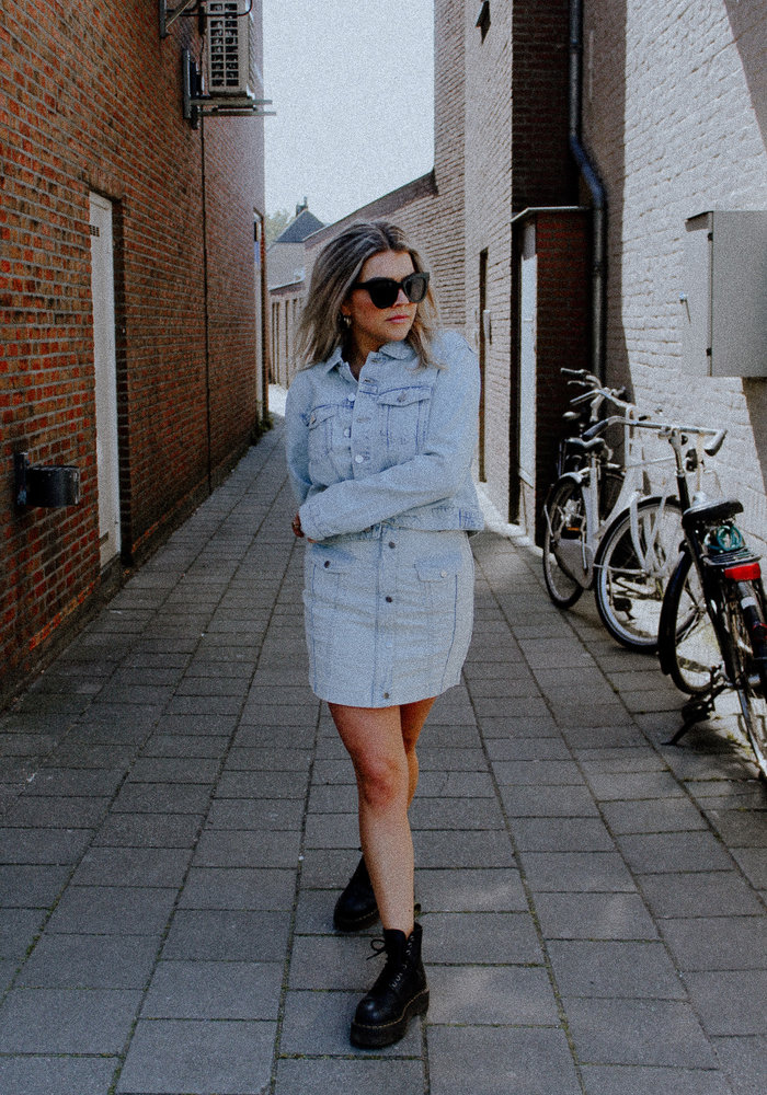 Homage - Denim Jacket Bleached Blue