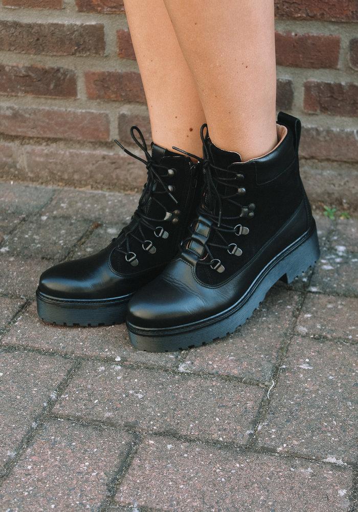 DWRS - Manhattan Black Boots