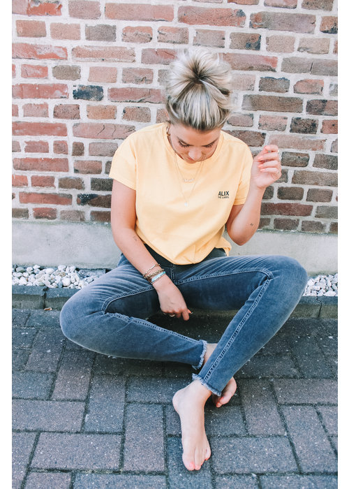 Alix Alix - Ladies Knitted On Tour T-shirt Honey Yellow