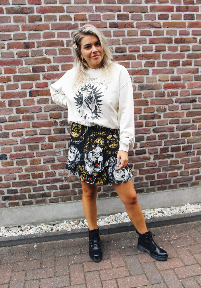 Alix - Ladies knitted oversized bull sweater powder white