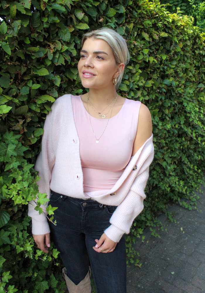 Body by Olcay - Basic Crew Neck in Soft Pink