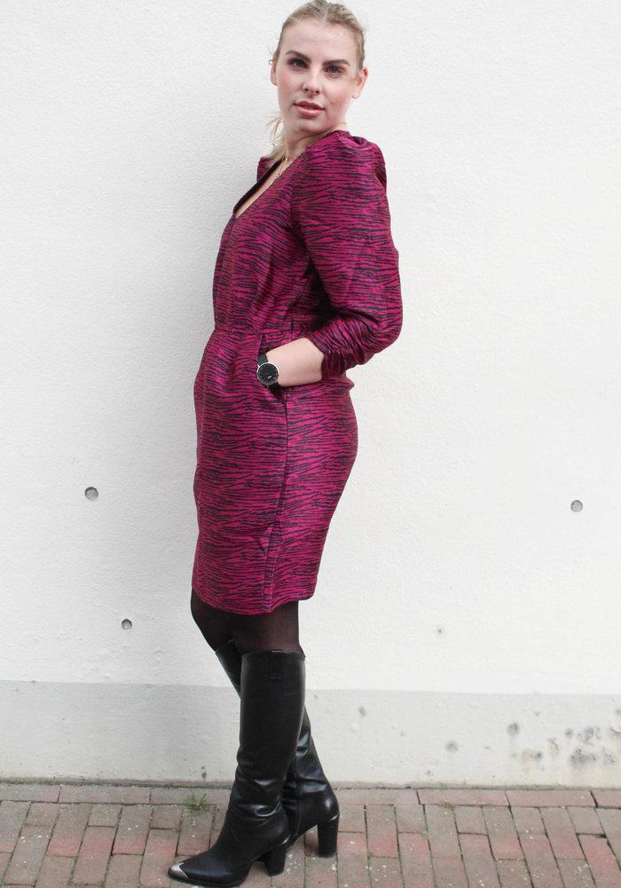 MOVES - WILLAS DRESS Pink Violet