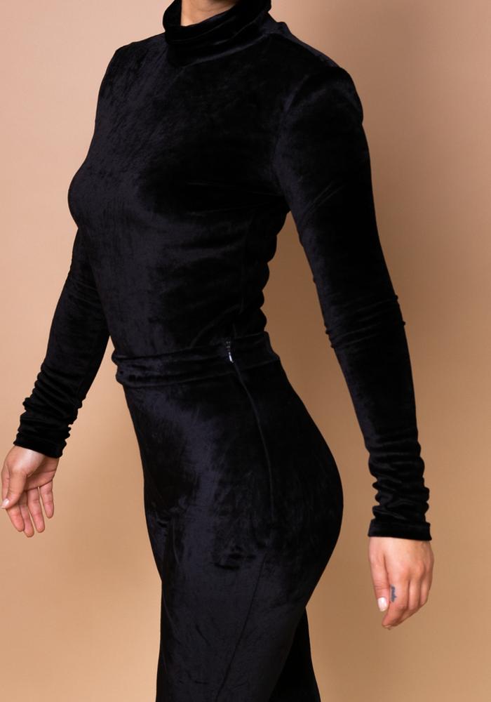 Body by Olcay - Turtleneck Velvet Padded Body Black