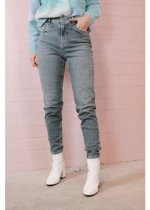 Pieces - Leah Mom Jeans