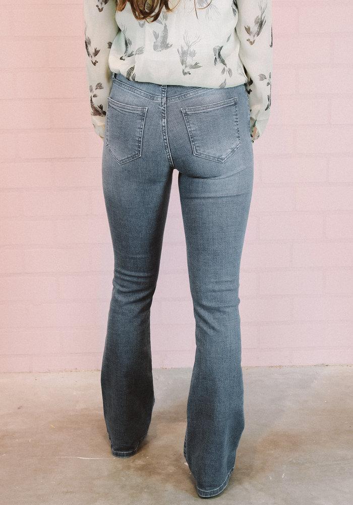 Homage - Flared Jeans Washed Blue