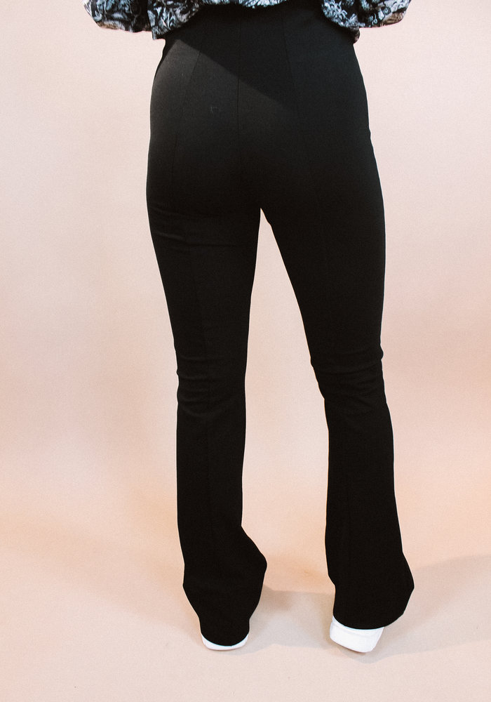 Alix - ladies knitted flared pants black