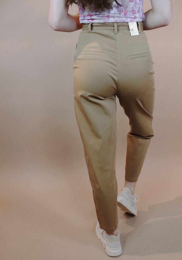 Five Units - Hailey Tie Cashew Jeans