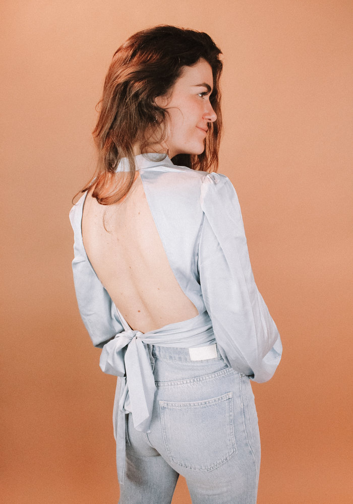 NAKD - Open Back Blouse Blue