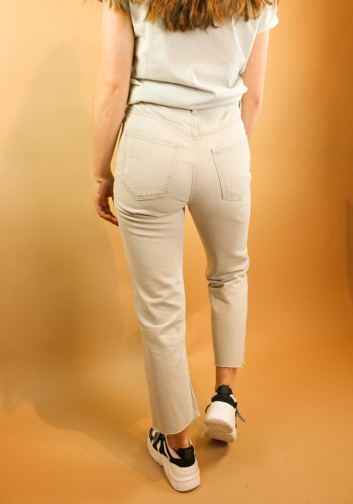 Alix - Ladies woven straight jeans pale grey