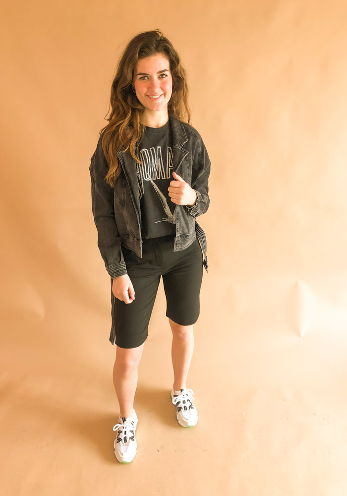 Five Units - Angelie Straight Split Shorts Black