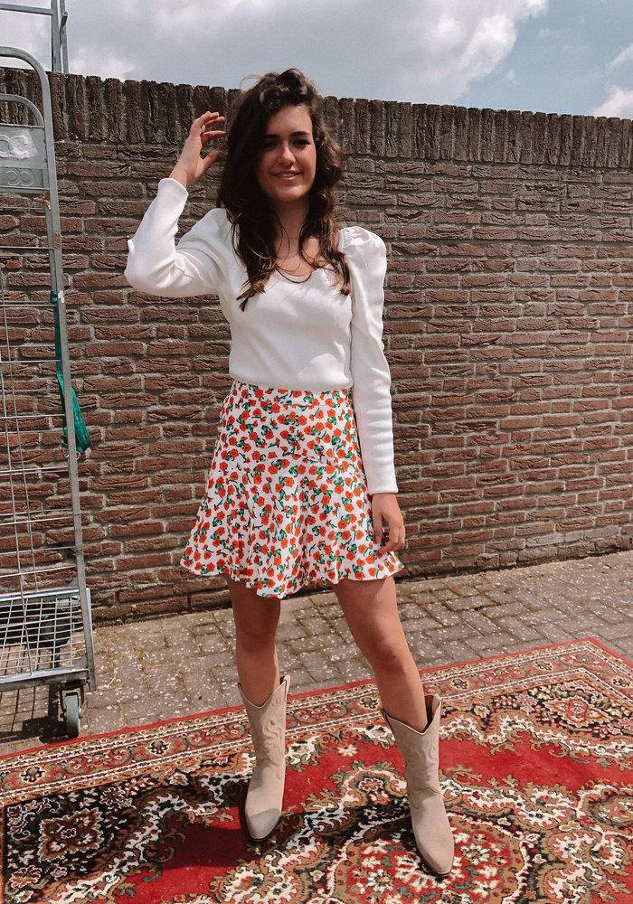 Alix - Ladies woven fresh flower short skirt creamy white