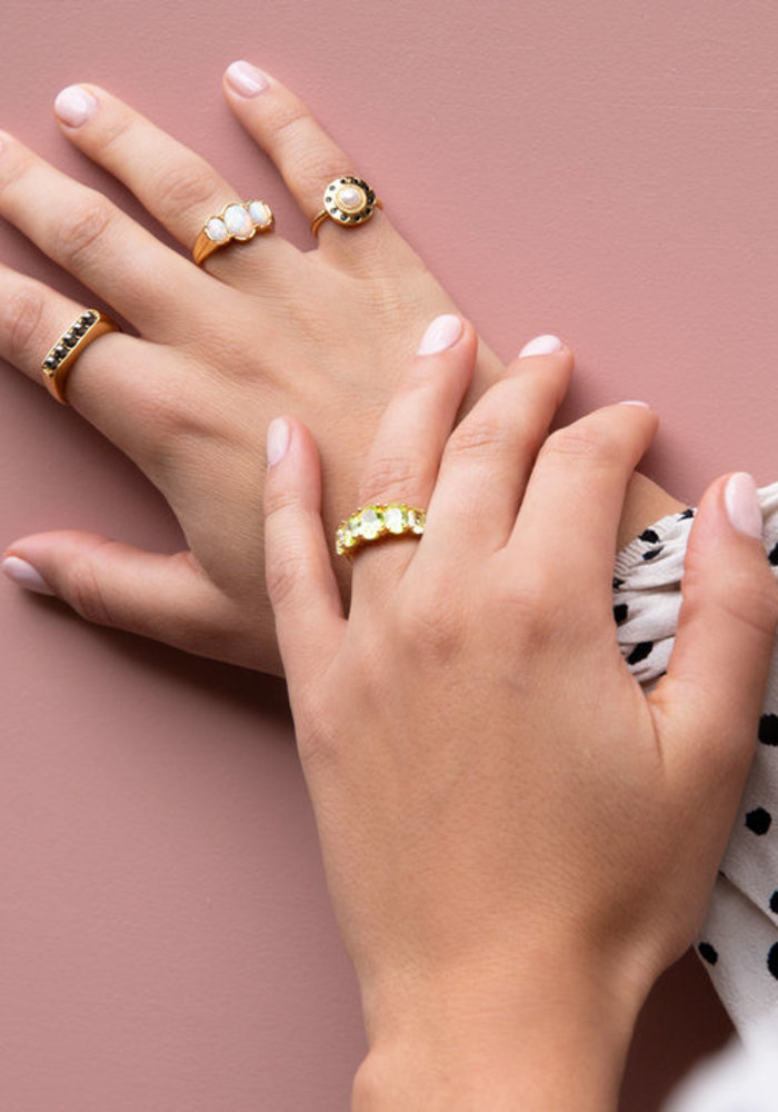 Alltheluck - Chérie Goldplated Ring Ovalen White
