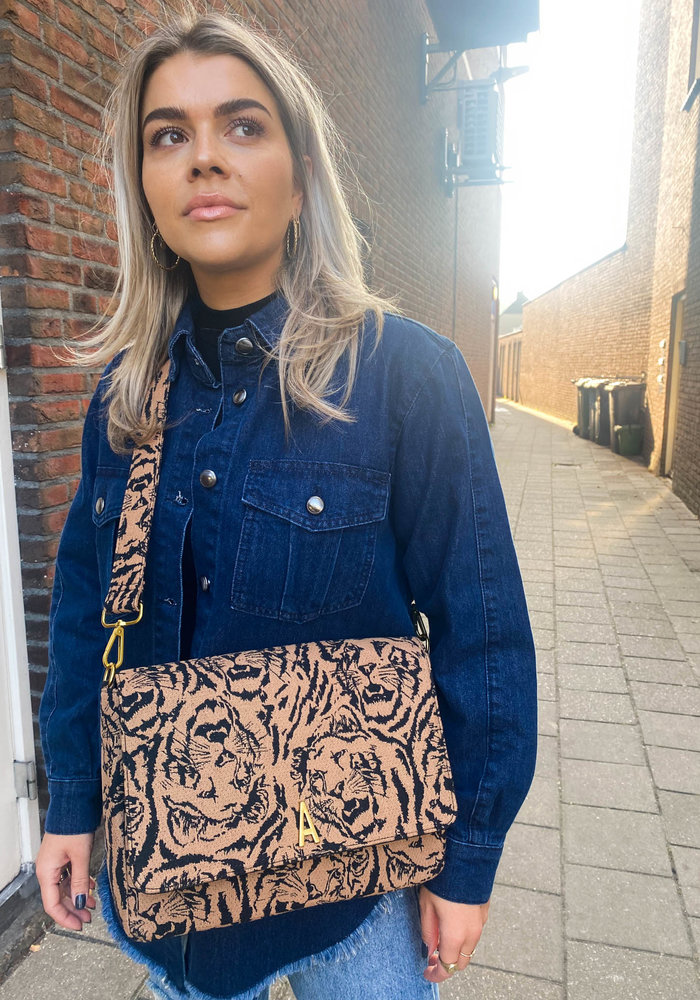 Alix - Ladies Woven Big Tiger Boucle Schoulder Bag