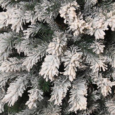 Chandler - Groen Frosted - BlackBox kunstkerstboom
