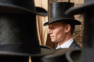 antique-silk-top-hats-model.jpg