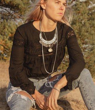 Danity Zwart