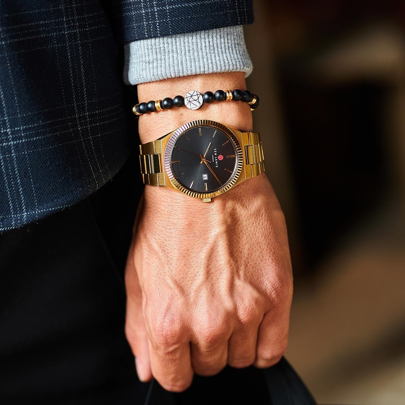 Sem Lewis Aldgate montre noir / couleur or