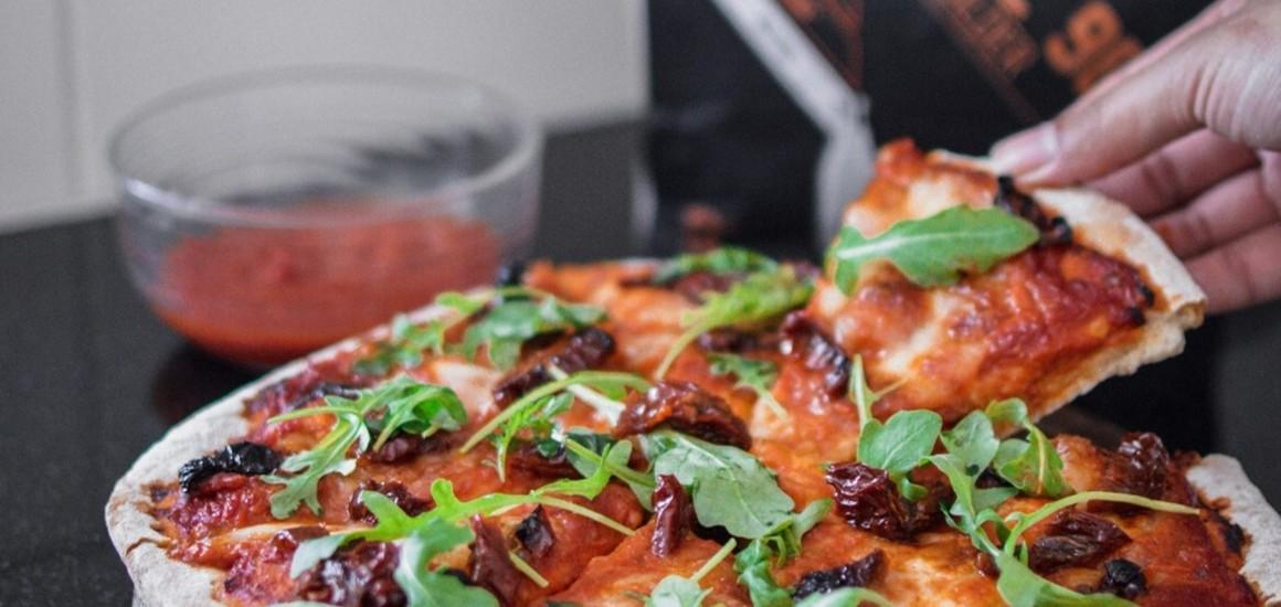 Protein pizza-dough