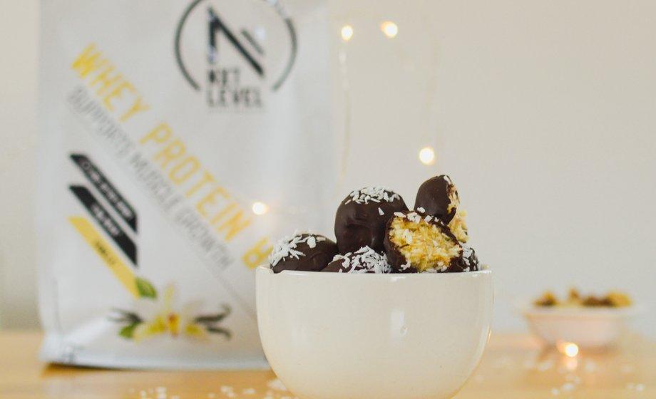 proteïne rijke vanille kokos truffels