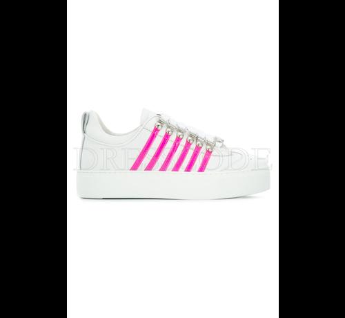 1. DSQUARED2 Dsquared2 witte sneaker met hoge zool en neon roze strepen