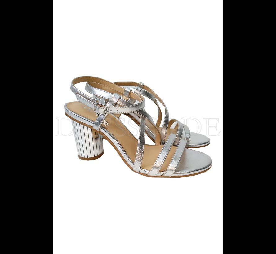 Liu Jo zilveren sandaal in metallic met ronde hak