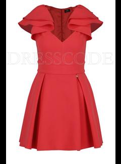 2. ELISABETTA FRANCHI Elisabetta Franchi jurk met ruche op schouder Rood
