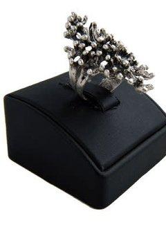 HeviHandmade; Zilveren sieradenlijn Hevi  Handmade ring