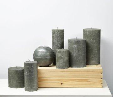 Branded By; Hoge kwaliteitskaarsen Stompkaars metallic green 1 lont
