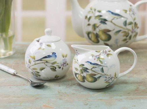The English Table; Engels porselein met vogels Lente fruit-serie suiker & melkkannetje 5199998