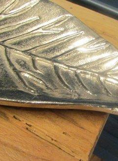 Zisensa, private collection Schaal in bladvorm langwerpig, alum.
