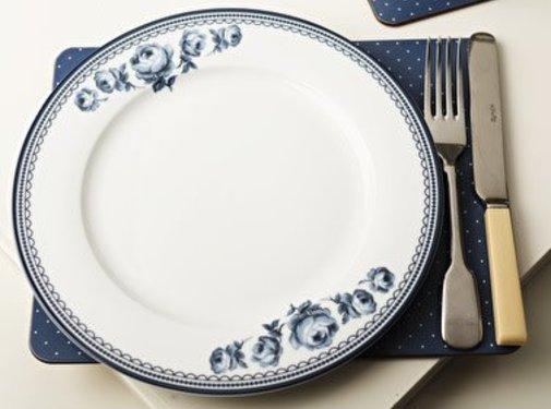Katie Alice Vintage Indigo; Compleet Engels Servies Blauw Wit Dinerbord met bloemen