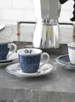 Katie Alice Vintage Indigo; Compleet Engels Servies Blauw Wit Katie Alice Vintage Indigo Set Of 4 Espresso Cups and Saucers, Hat Box