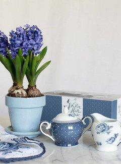 Katie Alice Vintage Indigo; Compleet Engels Servies Blauw Wit suikerpot en melkkannetje