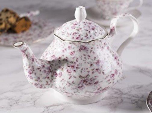Katie Alice Ditsy Floral; Engels Servies met bloemen Katie Alice Ditsy Floral porseleinen theepot - 6 kops