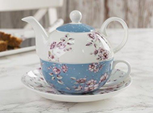 Katie Alice Ditsy Floral; Engels Servies met bloemen Tea-for-one blauw wit gebloemd