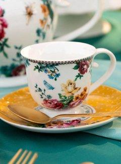 Katie Alice Bohemian Spirit; Engels wit porseleinen servies geel met bloemen Kop en Schotel