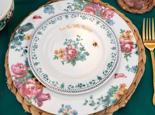 Katie Alice Bohemian Spirit; Engels wit porseleinen servies geel met bloemen Katie Alice Bohemian Spirit ontbijtbord met bloemenmotief
