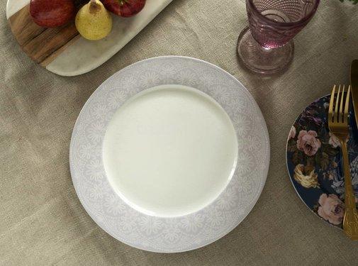 Katie Alice Wild Apricity; Compleet Engels Jachtservies met bloemen Dinerbord, Grijs, rand met kanten motief