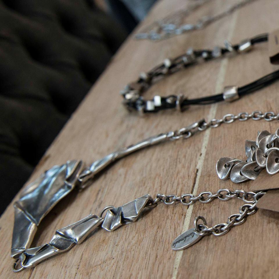 handgemaakte sieraden hevi