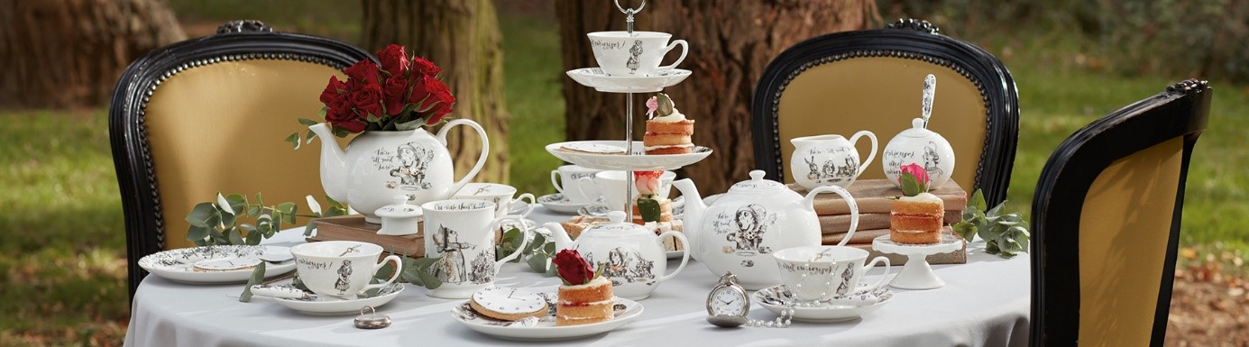 alice in wonderland servies