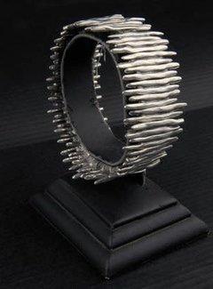 HeviHandmade; Zilveren sieradenlijn Copy of Armband trendy me lady wit